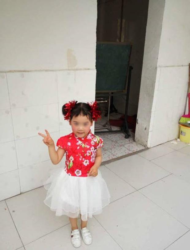 bé gái 4 tuổi, mất tích, bé gái 4 tuổi bị mất tích