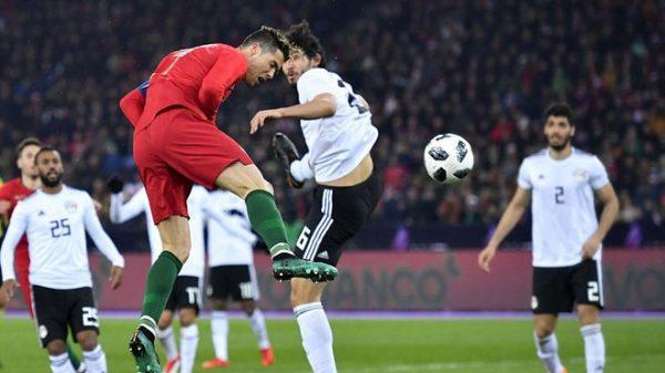 Cú đúp trong vòng 2 phút của Cristiano Ronaldo giúp Bồ Đào Nha giành chiến thắng ------------ Xem thêm: Ronaldo tỏa sáng phút bù giờ, Bồ Đào Nha lội ngược dòng trước Ai Cập