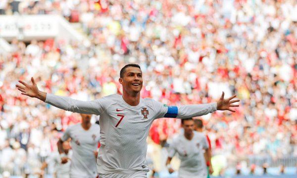 Ronaldo ghi bàn cho bồ đào nha trước Morocco