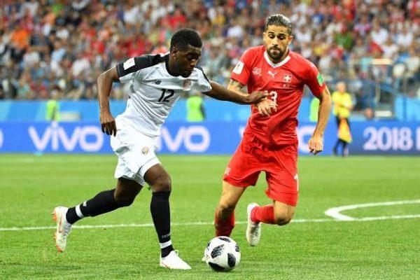 Thụy Sĩ vào vòng 1/8 sau trận hòa Costa Rica