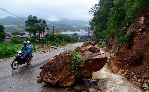 Dự báo thời tiết ngày 16/9: Cảnh báo khu vực Đông Bắc Bộ có mưa lớn