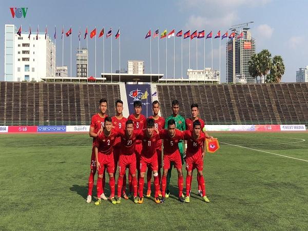 Hòa U22 Thái Lan, U22 Việt Nam đứng đầu bảng A