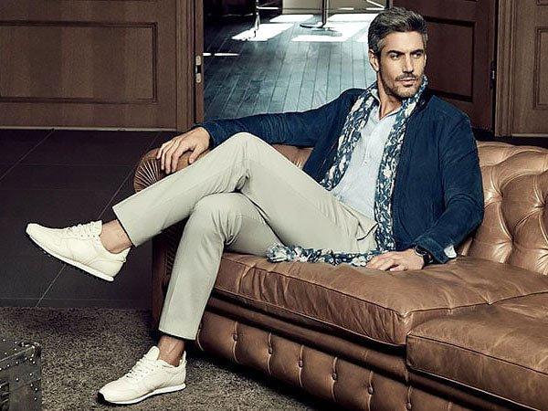 Bỏ túi ngay 7 bí quyết phối giày với quần jean nam chuẩn nhất