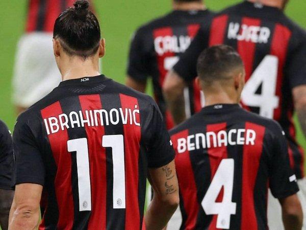 Tin bóng đá sáng 18/3: Thuyền trưởng Milan báo tin buồn cho MU