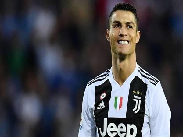 Tin chuyển nhượng 1/6: Ronaldo chốt mức lương kỷ lục tại đội bóng mới